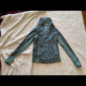 Lululemon women jacket.